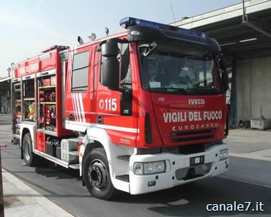 incendi boschivi vigili del fuoco_comp