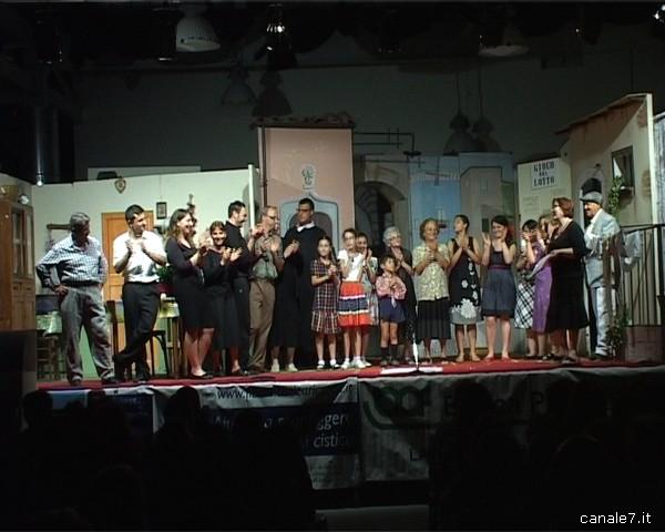 amici del teatro_comp