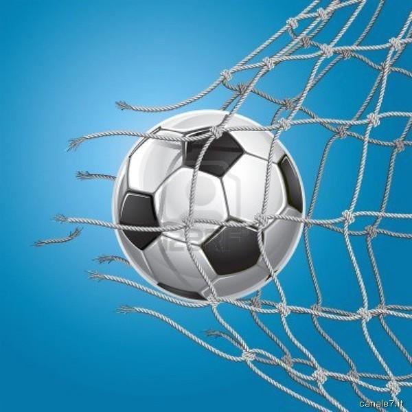 calcio pallone 21 10 13_comp