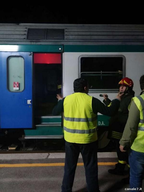 20140408_66917_itri_treno_evacuato_2_comp