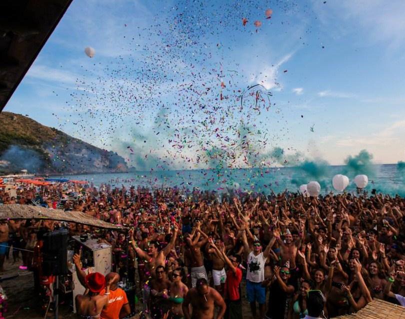 Dal Sofia Club parte il tour di Bazzano Beach