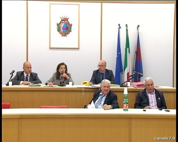 Consiglio comunale di Fondi del 19 maggio. Gli orari di messa in onda su Canale7