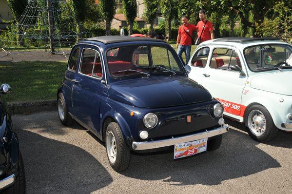 """Un fiume di auto d'epoca all'8° Raduno Fiat 500 """"Città di Fondi"""" – 2° Memorial Tullio (bilancio evento + video)"""