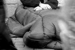 """Installata tenda riscaldata presso la Casa di Accoglienza """"Mons. Fiore"""" per dare riparo nei mesi freddi in caso di necessità ai senza fissa dimora"""