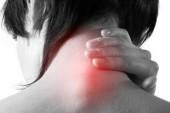 Cervicalgia: orecchie tappate e altri sintomi