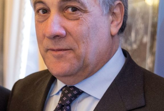 Gli Istituti Superiori di Fondi incontrano il Presidente del Parlamento Europeo On. Antonio Tajani: Sabato 22 Aprile 2017, ore 10.30 – ITE Libero de Libero