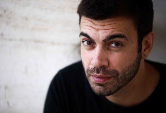 """On Broadway presenta """"Pazzo ad arte"""" di e con Giuseppe Pestillo"""