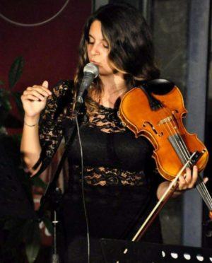 Erika Piras live 16