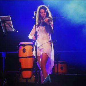 Erika Piras live 3