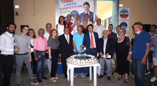 Fondi, inaugurazione point elettorale Giulio Mastrobattista